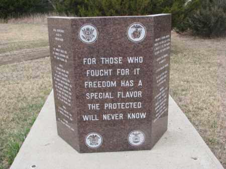 *SPRINGFIELD, VETS MONUMENT CLOSEUP - Bon Homme County, South Dakota | VETS MONUMENT CLOSEUP *SPRINGFIELD - South Dakota Gravestone Photos