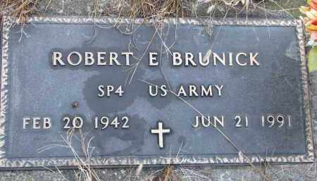 BRUNICK, ROBERT E. (MILITARY) - Clay County, South Dakota | ROBERT E. (MILITARY) BRUNICK - South Dakota Gravestone Photos