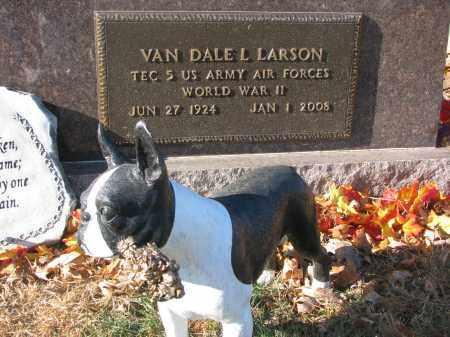 LARSON, VAN DALE L. (WW II) - Clay County, South Dakota | VAN DALE L. (WW II) LARSON - South Dakota Gravestone Photos