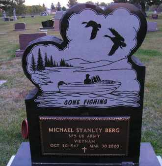 BERG, MICHAEL S. (VIETNAM) - Codington County, South Dakota | MICHAEL S. (VIETNAM) BERG - South Dakota Gravestone Photos
