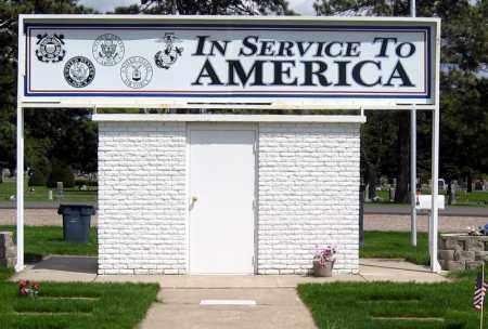 *SERVICEMEN'S MEMORIAL, BACK - Davison County, South Dakota   BACK *SERVICEMEN'S MEMORIAL - South Dakota Gravestone Photos