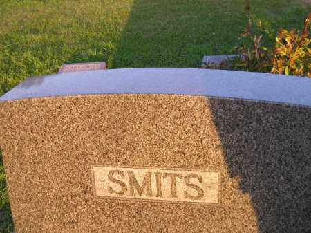 SMITS, FAMILY PLOT - Deuel County, South Dakota | FAMILY PLOT SMITS - South Dakota Gravestone Photos
