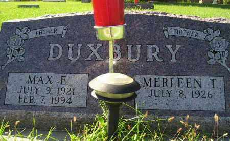 DUXBURY, MERLEEN T. - Hanson County, South Dakota | MERLEEN T. DUXBURY - South Dakota Gravestone Photos