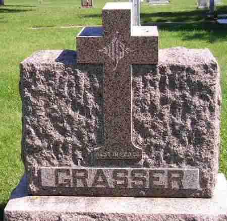 GRASSER, FAMILY STONE - Hanson County, South Dakota   FAMILY STONE GRASSER - South Dakota Gravestone Photos