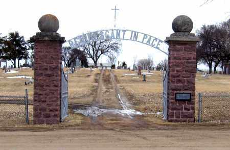 **HOLY THREE KINGS CEMETERY -E, CEMETERY SIGN - Hanson County, South Dakota | CEMETERY SIGN **HOLY THREE KINGS CEMETERY -E - South Dakota Gravestone Photos