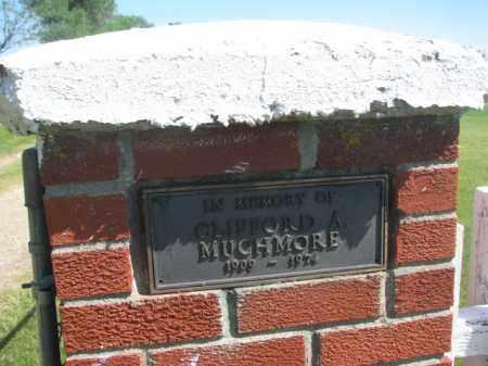 *ENTRANCE MEMORIAL, MUCHMORE - Hutchinson County, South Dakota   MUCHMORE *ENTRANCE MEMORIAL - South Dakota Gravestone Photos