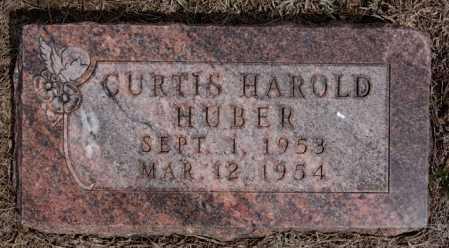 HUBER, CURTIS HAROLD - Hutchinson County, South Dakota | CURTIS HAROLD HUBER - South Dakota Gravestone Photos