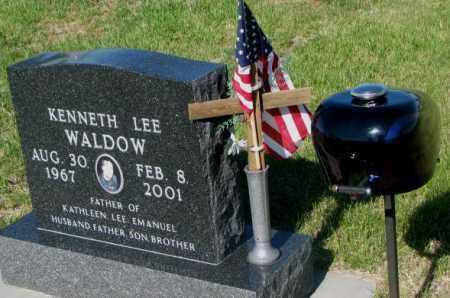 WALDROW, KENNETH LEE - Jerauld County, South Dakota | KENNETH LEE WALDROW - South Dakota Gravestone Photos