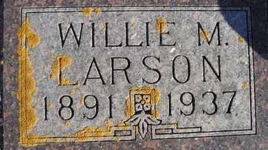 LARSON, WILLIE M - Kingsbury County, South Dakota | WILLIE M LARSON - South Dakota Gravestone Photos