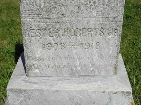ROBERTS, LESTER JR. - Kingsbury County, South Dakota | LESTER JR. ROBERTS - South Dakota Gravestone Photos