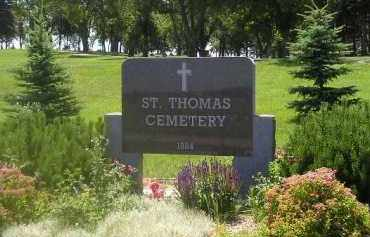 *ST. THOMAS, ENTRANCE & SIGN - Kingsbury County, South Dakota | ENTRANCE & SIGN *ST. THOMAS - South Dakota Gravestone Photos