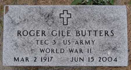 BUTTERS, ROGER GILE (WWII) - Lake County, South Dakota | ROGER GILE (WWII) BUTTERS - South Dakota Gravestone Photos