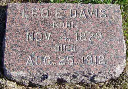 DAVIS, LEO E - Lincoln County, South Dakota | LEO E DAVIS - South Dakota Gravestone Photos