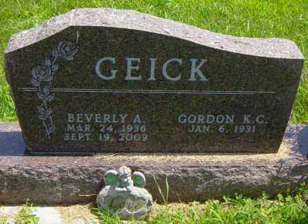 GEICK, BEVERLY A - Lincoln County, South Dakota | BEVERLY A GEICK - South Dakota Gravestone Photos