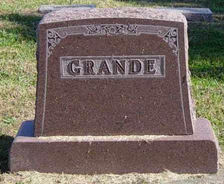 GRANDE FAMILY MEMORIAL, THOMAS - Lincoln County, South Dakota | THOMAS GRANDE FAMILY MEMORIAL - South Dakota Gravestone Photos