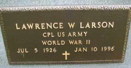 LARSON, LAWRENCE W. (WW II) - Lincoln County, South Dakota | LAWRENCE W. (WW II) LARSON - South Dakota Gravestone Photos
