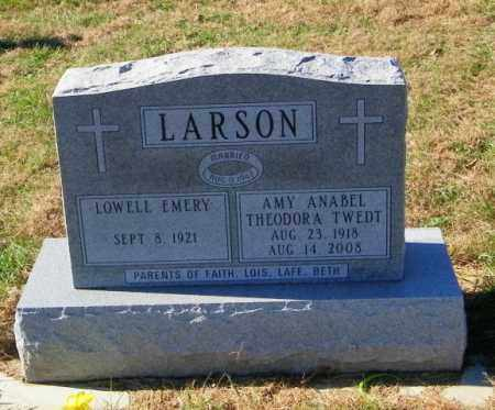 LARSON, LOWELL EMERY - Lincoln County, South Dakota   LOWELL EMERY LARSON - South Dakota Gravestone Photos
