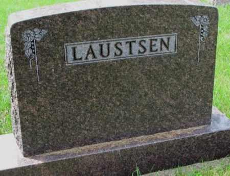 LAUSTSEN, FAMILY PLOT MARKER - Lincoln County, South Dakota | FAMILY PLOT MARKER LAUSTSEN - South Dakota Gravestone Photos