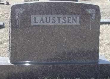 LAUSTSEN, PLOT - Lincoln County, South Dakota   PLOT LAUSTSEN - South Dakota Gravestone Photos