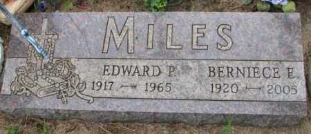 MILES, BERNIECE E. - Lincoln County, South Dakota | BERNIECE E. MILES - South Dakota Gravestone Photos