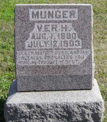 MUNGER, VER H - Lincoln County, South Dakota | VER H MUNGER - South Dakota Gravestone Photos