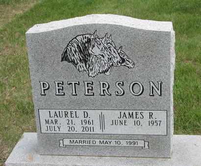 PETERSON, LAUREL D. - Lincoln County, South Dakota | LAUREL D. PETERSON - South Dakota Gravestone Photos