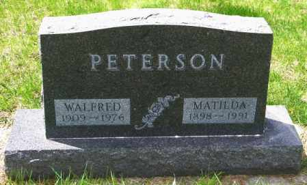 PETERSON, WALFRED - Lincoln County, South Dakota | WALFRED PETERSON - South Dakota Gravestone Photos