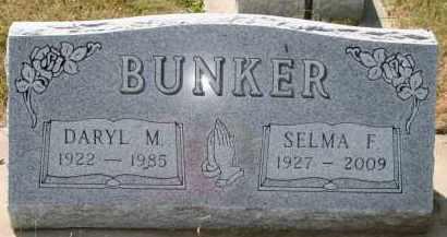 BUNKER, DARYL M - Lyman County, South Dakota   DARYL M BUNKER - South Dakota Gravestone Photos
