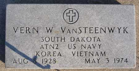 VAN STEENWYK, VERN W (MILITARY) - McCook County, South Dakota | VERN W (MILITARY) VAN STEENWYK - South Dakota Gravestone Photos