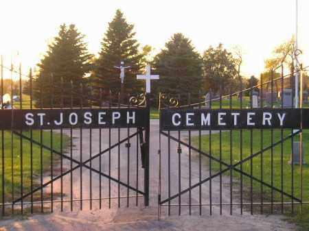 *ST. JOSEPH'S CATHOLIC, ENTRANCE & GPS - Miner County, South Dakota | ENTRANCE & GPS *ST. JOSEPH'S CATHOLIC - South Dakota Gravestone Photos