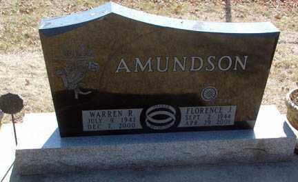 AMUNDSON, WARREN R. - Minnehaha County, South Dakota   WARREN R. AMUNDSON - South Dakota Gravestone Photos
