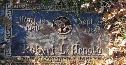 ARNOLD, ROBERT L. - Minnehaha County, South Dakota | ROBERT L. ARNOLD - South Dakota Gravestone Photos