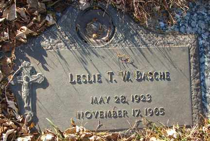 BASCHE, LESLIE T.W. - Minnehaha County, South Dakota | LESLIE T.W. BASCHE - South Dakota Gravestone Photos