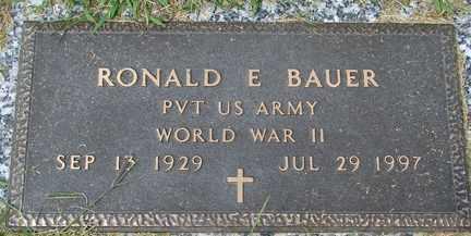 BAUER, RONALD E. (WWII) - Minnehaha County, South Dakota   RONALD E. (WWII) BAUER - South Dakota Gravestone Photos