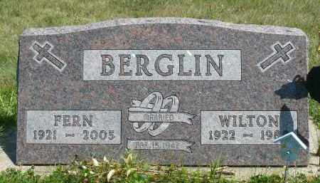 BERGLIN, WILTON - Minnehaha County, South Dakota | WILTON BERGLIN - South Dakota Gravestone Photos