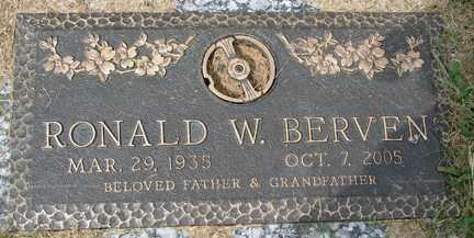 BERVEN, RONALD W. - Minnehaha County, South Dakota   RONALD W. BERVEN - South Dakota Gravestone Photos