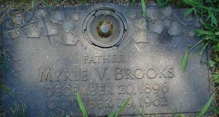 BROOKS, MYRLE V. - Minnehaha County, South Dakota | MYRLE V. BROOKS - South Dakota Gravestone Photos