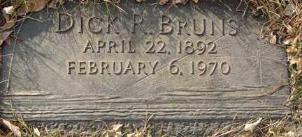 BRUNS, DICK R. - Minnehaha County, South Dakota | DICK R. BRUNS - South Dakota Gravestone Photos