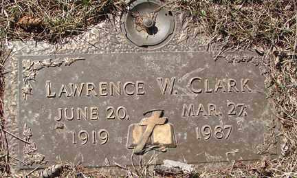 CLARK, LAWRENCE W. - Minnehaha County, South Dakota | LAWRENCE W. CLARK - South Dakota Gravestone Photos