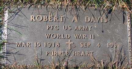 DAVIS, ROBERT A. - Minnehaha County, South Dakota   ROBERT A. DAVIS - South Dakota Gravestone Photos
