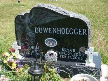 DUWENHOEGGER, BRYAR J. - Minnehaha County, South Dakota | BRYAR J. DUWENHOEGGER - South Dakota Gravestone Photos