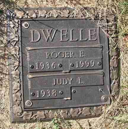 DWELLE, ROGER E. - Minnehaha County, South Dakota | ROGER E. DWELLE - South Dakota Gravestone Photos