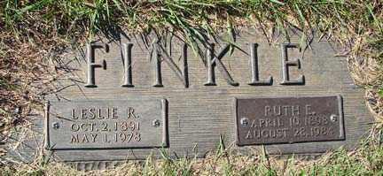 FINKLE, LESLIE R. - Minnehaha County, South Dakota | LESLIE R. FINKLE - South Dakota Gravestone Photos