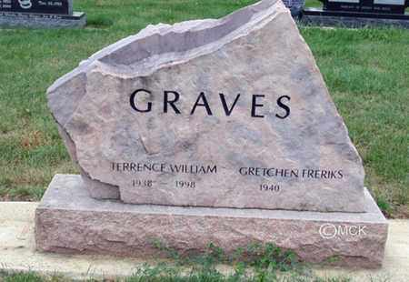 GRAVES, TERRENCE WILLIAM - Minnehaha County, South Dakota | TERRENCE WILLIAM GRAVES - South Dakota Gravestone Photos