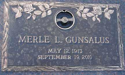 GUNSALUS, MERLE L. - Minnehaha County, South Dakota | MERLE L. GUNSALUS - South Dakota Gravestone Photos
