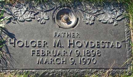HOVDESTAD, HOLGER M. - Minnehaha County, South Dakota | HOLGER M. HOVDESTAD - South Dakota Gravestone Photos