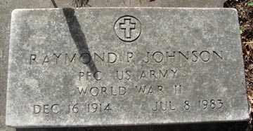 JOHNSON, RAYMOND P. (WWII) - Minnehaha County, South Dakota | RAYMOND P. (WWII) JOHNSON - South Dakota Gravestone Photos