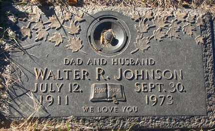 JOHNSON, WALTER RAYMOND - Minnehaha County, South Dakota | WALTER RAYMOND JOHNSON - South Dakota Gravestone Photos