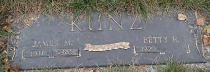KUNTZ, BETTY R. - Minnehaha County, South Dakota | BETTY R. KUNTZ - South Dakota Gravestone Photos