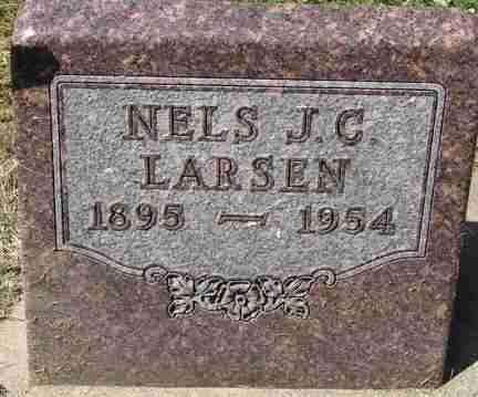 LARSEN, NELS J.C. - Minnehaha County, South Dakota   NELS J.C. LARSEN - South Dakota Gravestone Photos